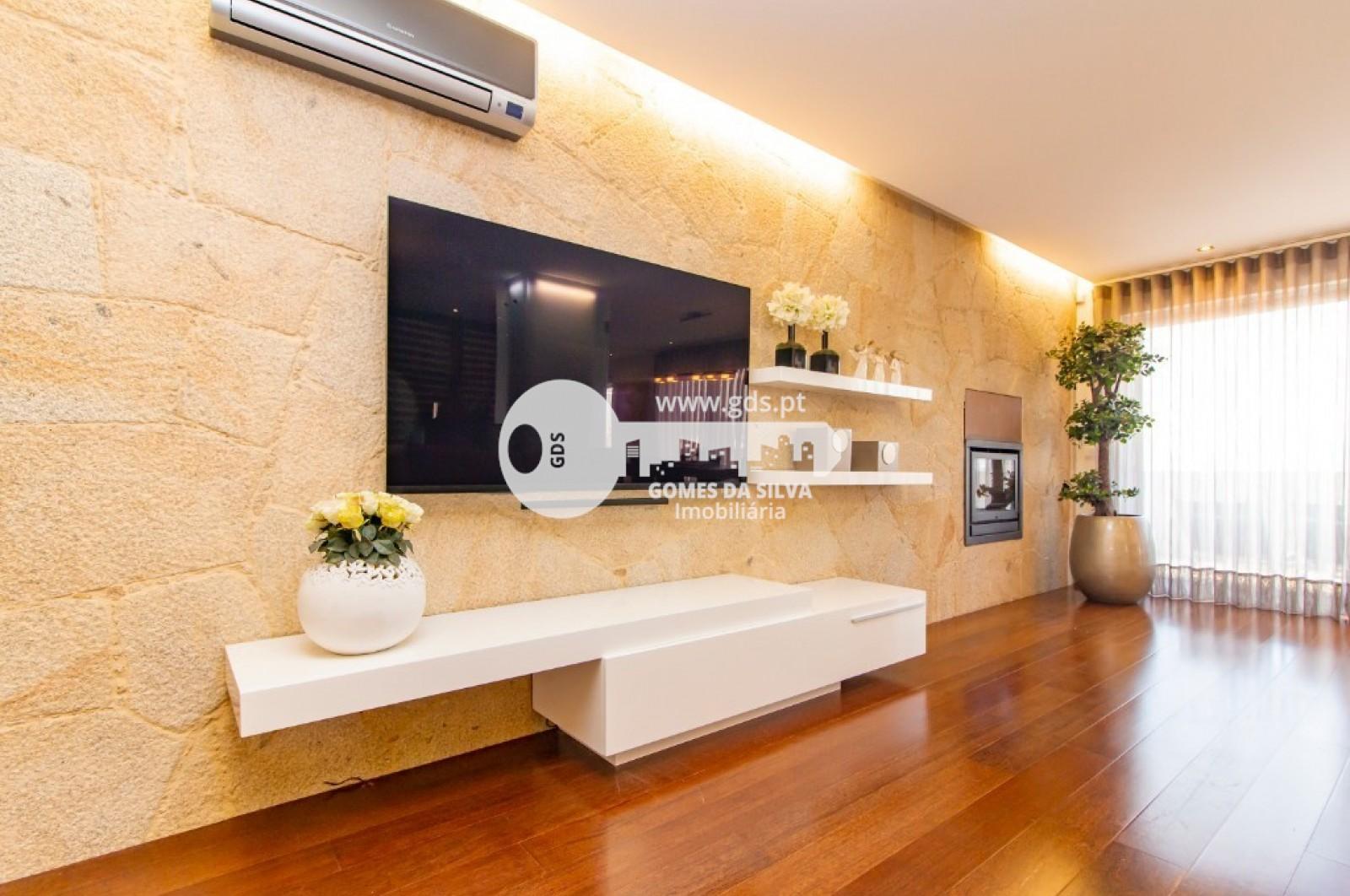Apartamento T3 para Venda em Nogueira, Fraião e Lamaçães, Braga, Braga - Imagem 2